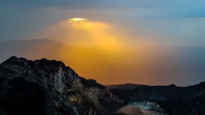 Rinjani Trek Mountain Volcano Hike Small 53