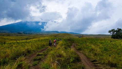 Rinjani Trek Mountain Volcano Hike Small 2
