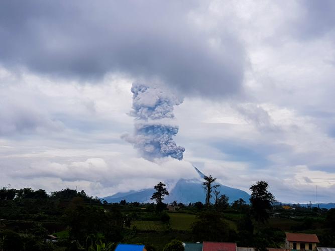 mount-sinabung-ghost-town-berestagi-sumatra-44.jpg#asset:1290